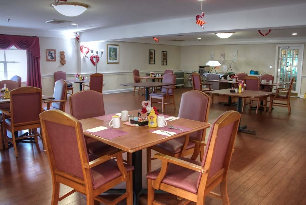 The main dining room with plenty of light and elbow room!