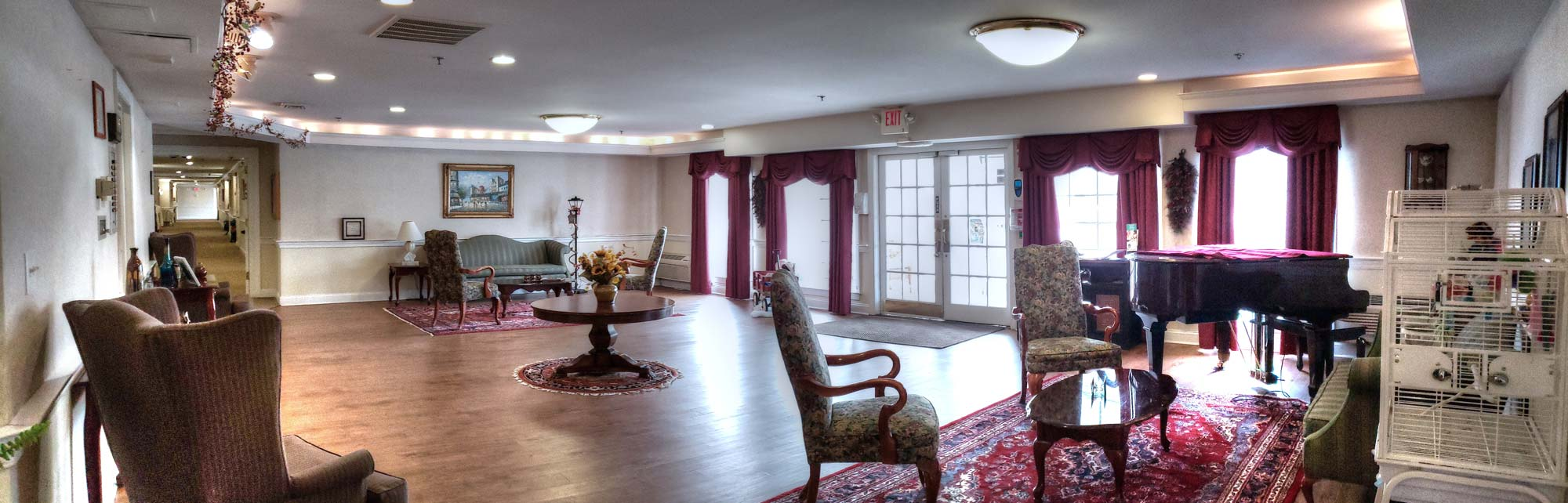 Panoramic view of the lobby.